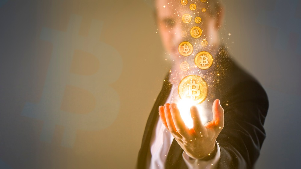 Financial Advisers Are Finally Getting Into Crypto